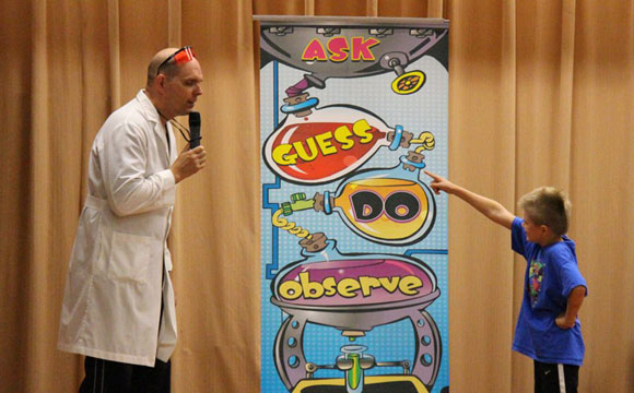 learning the scientific method with the Wacky Science school show
