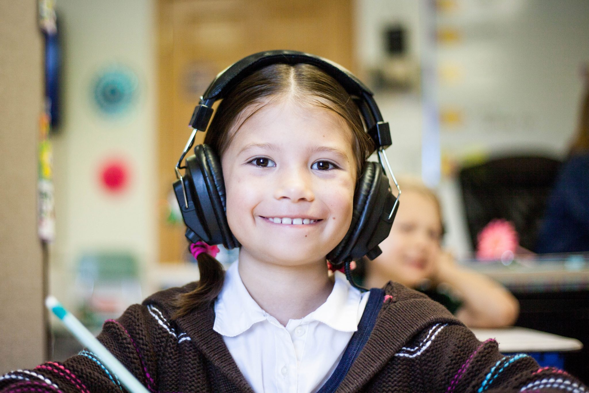 Doug Scheer School Assemblies, Sheer Genius School Assemblies, Michigan school assemblies, school assemblies, sensory sensitivity, assembly show inclusivity, sensory sensitive inclusivity