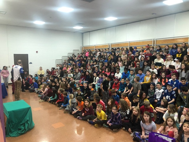 Doug Scheer, Scheer Genius, Scheer Genius Assembly Shows, School Assembly audience size, school assembly shows